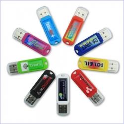 Reklamní flash disky v různých barvách, možno kombinovat i s propiskou v krabičce.